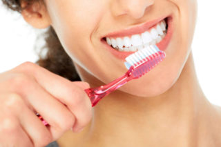 quando-lavare-i-denti-studio-dentistico-anselmi-prevenzione